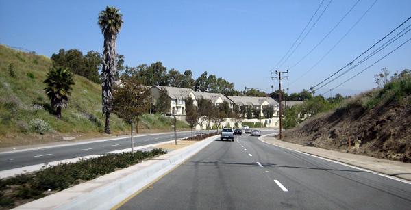 estrada-california-carro