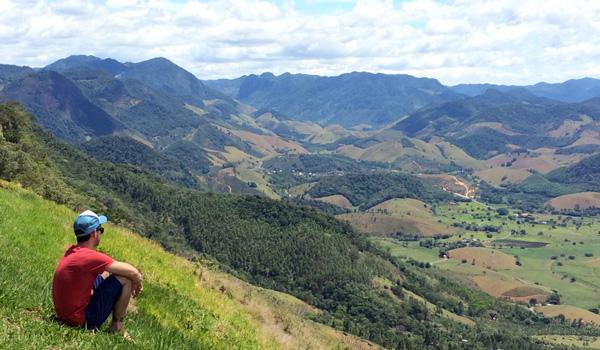 viajando-sozinho-eu-montanha